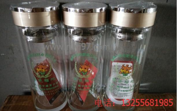 黑龙江昆仑肥料公司定制礼品杯诗如意案例